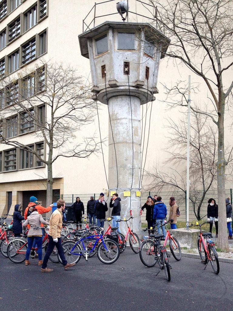 Ansicht Grenzwachturm in Berlin